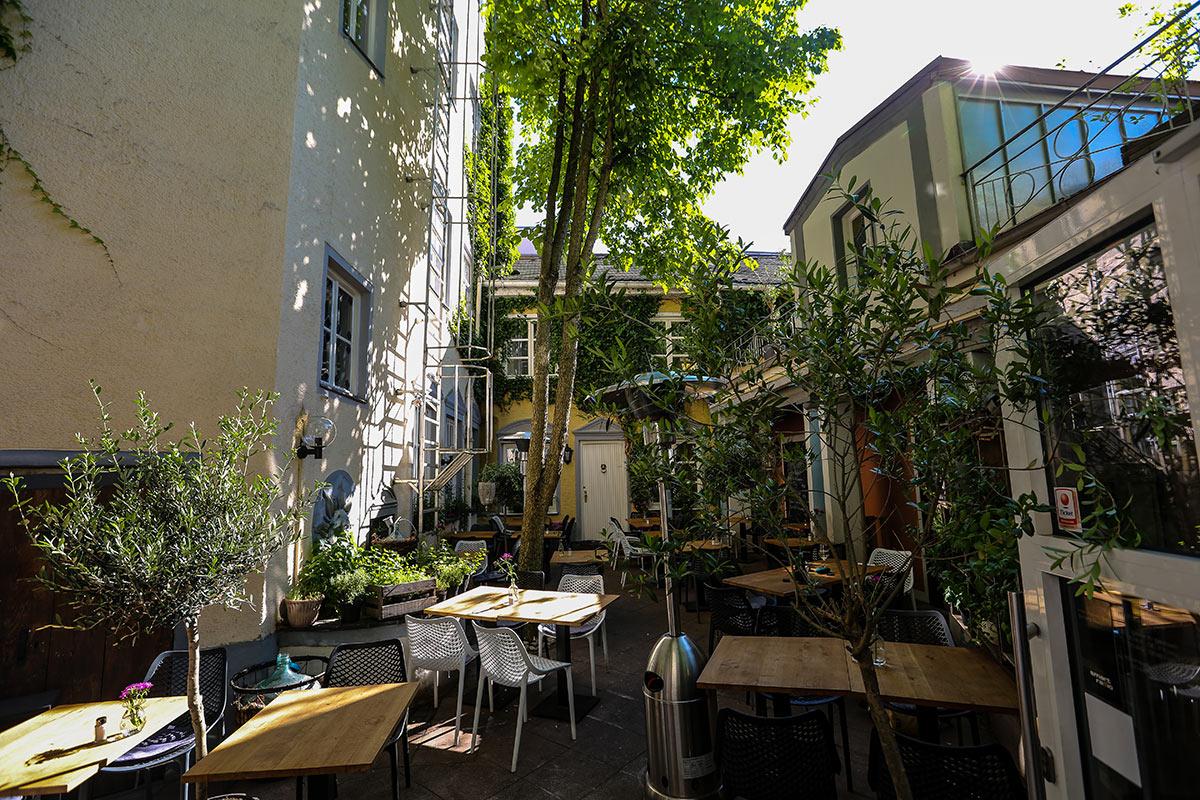 pastissima augsburg restaurant und atrium im domviertel. Black Bedroom Furniture Sets. Home Design Ideas